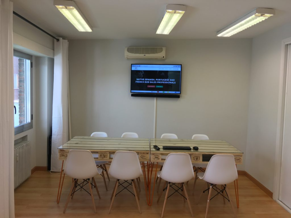 4K LED screen available for training and presentations